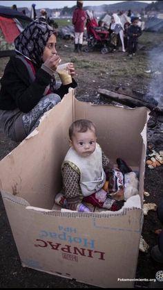 Refugees Syria, Refugee Crisis, Refugee Camps, Save The Children, Syrian Children, Children Of Syria, Baby Kind, Photojournalism, Beautiful Children