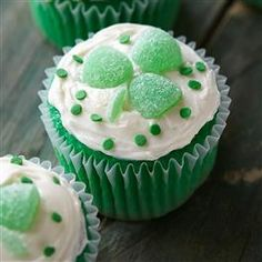 Vibrant Green cupcakes topped with vanilla frosting and gumdrops make these Lucky Clover Cupcakes from Pillsbury® Baking the perfect St. Patrick's Day dessert!