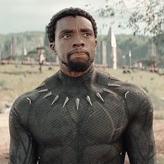 Marvel Dc, Marvel Heroes, Marvel Characters, Marvel Comics, Intj Characters, Fanfiction, Panthères Roses, Black Panther Chadwick Boseman, Marvel Photo