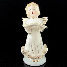 Vintage CHASE CHOIR ANGEL Holding Song Book Spaghetti Trim
