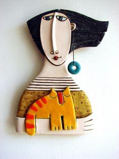 Woman with orange cat Ceramic figure by MakedonskaCeramicArt Slab Pottery, Ceramic Pottery, Pottery Art, Thrown Pottery, Pottery Sculpture, Sculpture Clay, Ceramic Clay, Ceramic Painting, Ceramic Bowls