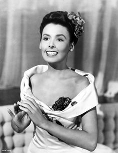 """classicmoviehub: """"Born Today, June in 1917 Lena Horne… """"It's not the load that breaks you down, it's the way you carry it."""" - Lena Horne Actress, Singer and Civil Rights Activist… Cabin in the. Black Actresses, Black Actors, Classic Actresses, Beautiful Actresses, Actors & Actresses, Hollywood Actresses, Vintage Hollywood, Hollywood Glamour, Hollywood Stars"""