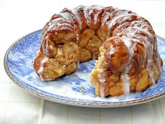 Sunday Brunch: Monkey Bread with Vanilla Sugar Glaze | My Thirty Spot
