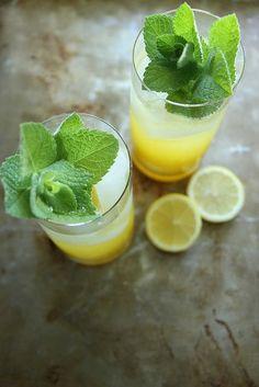 Sparkling Mango Lemonade