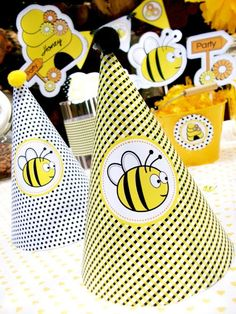 Honey Bee-Day Party!! by Bird's Party