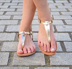 Gold sandals T-bar sandals nude sandals astir sandals Nude Sandals, Ankle Strap Sandals, Flip Flop Sandals, Gladiator Sandals, Leather Sandals, Women Sandals, Flat Sandals, Huarache, Running Sandals