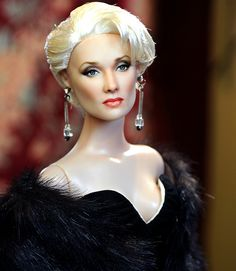 A Doll version of my absolute favorite movie villianess/icon--Miranda Priestly from The Devil Wears Prada