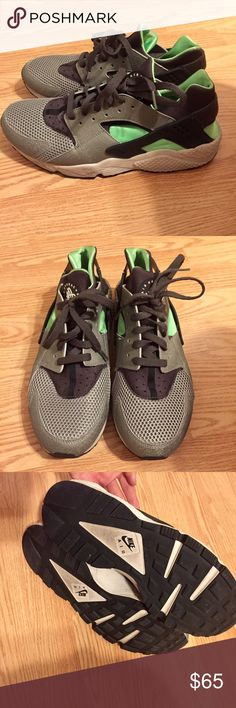 Mens Huaraches mint green/black & grey sneaker. SLIGHTLY worn, size did not fit, in great condition! Nike Shoes Sneakers