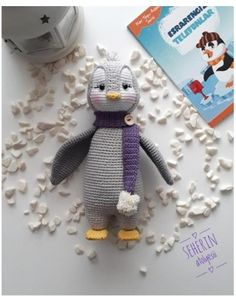 Penguin Amigurumi Free Crochet Pattern Crochet Penguin, Crochet Baby Toys, Crochet Bunny, Crochet Dolls, Crochet Animals, Free Crochet, Crochet Bird Patterns, Crochet Cat Pattern, Crochet Motifs