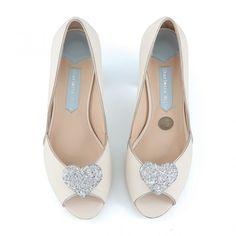 Zapatos de Novia Peep Toe modelo Andi Grey de Charlotte Mills ➡️ #LosZapatosdetuBoda #Boda