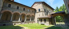 ACQUABELLA CASTLE FOR SALE IN TUSCANY ITALY | Lionard