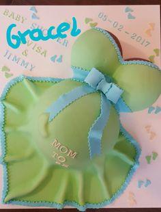 pregnant belly cake. babyshower