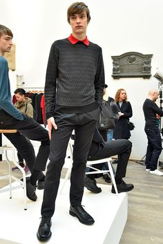 See all the Collection photos from John Smedley Autumn/Winter 2016 Menswear now on British Vogue Fall Winter, Autumn, Knitwear, Mens Fashion, Fashion Trends, Menswear, Vogue, Collections, Wool