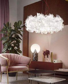 Slamp Clizia Pixel L riippuvalaisin käsityönä Italiasta Linear Suspension, Lamp, Suspension Light, Decor Design, Floor And Table Lamps, Slamp, Suspension Lamp, Inside A House, Home Decor