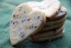 Iced Lavendar Lemon Cookies ~http://montcarte.ca/2009/12/01/iced-lavendar-lemon-shortbread-cookies/