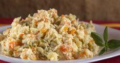 Salata de boeuf cu ciuperci, o salată gustoasă și ușor de preparat!   Femina.ro Fried Rice, Fries, Ethnic Recipes, Food, Rednecks, Fine Dining, Salads, Essen, Meals