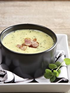 Greek Recipes, Soup Recipes, Vegan Recipes, Cooking Recipes, Recipies, Easy Recipes, Eat Greek, Party Decoration, Weird Food