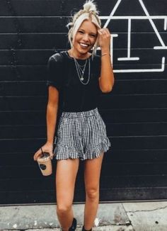 Unique Outfits Perfect For Summer outfits style summer teenage frauen sommer for teens outfits Cute Casual Outfits, Cute Summer Outfits, Unique Outfits, Short Outfits, Spring Outfits, Cute Summer Clothes, Camping Outfits For Women Summer, Winter Outfits, Summertime Outfits