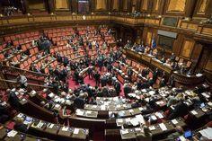Gli ex senatori viaggiano gratis per due lustri. Le loro gite ci costano 400mila euro l'anno #kijijiroma #vendo #rome #kijiji #olx #ebay