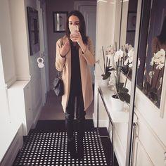 """""""❄️zima. Wróciłam. Letnie ubrania wróciły do piwnicy. Brrrr... ⛄️ @guess @orsay @robert_kupisz @trzyigly @chanelofficial"""" Duster Coat, Style Inspiration, Instagram Posts, Ideas, Fashion, Moda, Fashion Styles, Fashion Illustrations, Thoughts"""