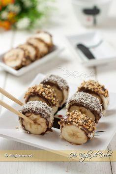 Banana e Nutella sushi Sushi Recipes, Pureed Food Recipes, Fruit Recipes, Sweet Recipes, Dessert Recipes, Cooking Recipes, Fruit Sushi, Banana Sushi, Candy Sushi