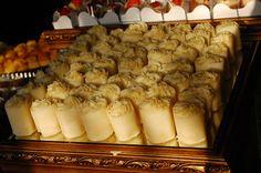 Marquise de Limão ::: #atteliededoces #docesfinos #carolinadarosci #casamento #sobremesa #docinhos #docesgourmets #mesadedoces #artesanal #chocolate #limão