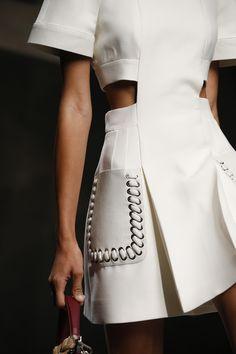 Fendi SS16 #fashion #moda