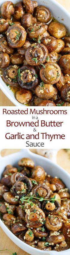 Cogumelos assados em um molho bronzeado manteiga, alho e tomilho