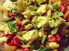 Fantastický zimný šalát #šaláty #raw #vegan #bezlepkove #recepty Pasta Salad, Potato Salad, Vegan Recipes, Potatoes, Raw Vegan, Cooking, Healthy, Recipe Ideas, Ethnic Recipes