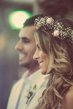 Flower crown - Casamento na Praia Wedding Wishes, Wedding Pics, Wedding Bells, Wedding Styles, Wedding Flowers, Dream Wedding, Wedding Day, Floral Crown Wedding, Wedding Simple