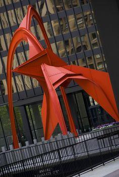 Alexander Calder, in front of a Mies building in Chicago Alexander Calder, Art Sculpture, Abstract Sculpture, Contemporary Sculpture, Contemporary Art, Installation Art, Art Installations, Outdoor Art, Land Art