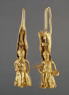 Gold Earring. Greece, 2nd century B.C.(?).