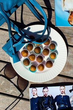 Hemsley & Hemsley: Butterscotch Bliss Balls With Maca Healthy Appetizers, Healthy Treats, Healthy Food, Mexican Salsa Recipes, Hemsley And Hemsley, Healthy Habbits, Gluten Free Sweets, Vegan Sweets, Bliss Balls