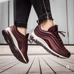 Size update, now with EU 36 38 Nike Air Max 97 Mahogany . Cute Shoes, Me Too Shoes, Sneaker Heels, Sneakers, Cheap Nike Air Max, Air Max 97, Shoes Heels Boots, Fashion Shoes, Women's Fashion