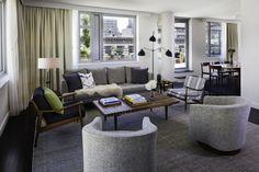 hotel Smyth de Tribeca. Parte da rede Thompson Hotels, o hotel é pequeno e super charmoso, com apenas 100 apartamentos e suítes e com o incrível Interior Desing de Gachot Studios.