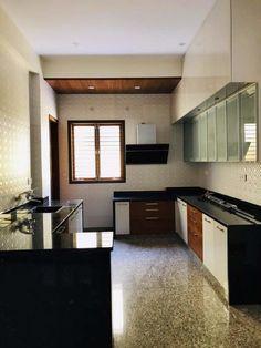Nataraja Residential: Kitchen units by Geometrixs Architects & Engineers Kitchen Cupboard Designs, Kitchen Room Design, Kitchen Units, Home Room Design, Kitchen Layout, Home Decor Kitchen, Moduler Kitchen, Kitchen Drawers, Kitchen Ideas