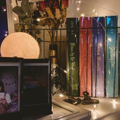 Pop Fiction Books, Book Aesthetic, Book Photography, Book Nerd, Bookstagram, Book Lovers, Book Worms, Wattpad, Goals