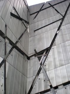 Jüdisches Museum Berlin by Daniel Libeskind Daniel Libeskind, Facade Architecture, Amazing Architecture, Contemporary Architecture, Jewish Museum Berlin, Jüdisches Museum, Facade Design, Building Design, Deconstruction