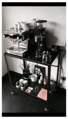 Coffee Bars In Kitchen, Coffee Bar Home, Home Coffee Stations, Coffee Shop, Coffe Bar, Coffee Drinks, Coffee Maker, Espresso Bar, Mini Cafeteria