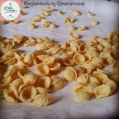 E poi le #orecchiette, simbolo dell'arte gastronomica della #Puglia #italiaintavola #pugliaintavola #italianfood #italy #pasta