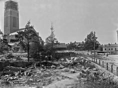 Kallion kirkkoa rakennetaan 1911. (Kuva Hgin kaupunginmuseo, Signe Brander)