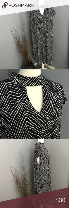 INC Black & White Zig Zag Sheath Dress w/Cut Out Stunning, well constructed dress perfect for the office, a night out, or a special event.Sexy yet modest cut out with choker effect. Sleeveless but full shoulder coverage. Could wear with a bright colored belt or jacket or on its own with killer red heels. A versatile dress.  Brand new with tags. Size 3X. INC International Concepts Dresses Midi