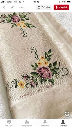 1 million+ Stunning Free Images to Use Anywhere Cross Stitch Bookmarks, Cross Stitch Borders, Cross Stitch Rose, Cross Stitch Flowers, Cross Stitch Designs, Beaded Embroidery, Cross Stitch Embroidery, Machine Embroidery, Hand Embroidery Design Patterns