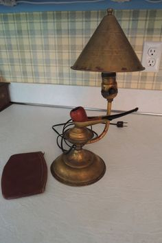 BRASS PIPEHOLDER LAMP