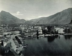 The town of Riva del Garda (de: Riva) around 1898