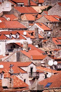 Dubrovnik in red by Karolina Golis (karolinagolis.tumblr.com)