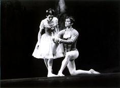 Carla Fracci and Rudolf Nureyev in Giselle at Milan's Teatro alla Scala in 1974