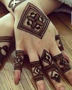 Kashee's Mehndi Designs, Modern Henna Designs, Latest Arabic Mehndi Designs, Finger Henna Designs, Henna Tattoo Designs Simple, Stylish Mehndi Designs, Mehndi Designs For Girls, Mehndi Designs For Beginners, Wedding Mehndi Designs