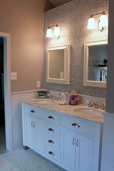 Like the white vanity and ex. of vanity right at wall of bathroom entrance Bathroom Spa, Bathroom Renos, Bathroom Renovations, Small Bathroom, Bathroom Ideas, Master Bathroom, Girl Bathrooms, Bathroom Updates, White Bathrooms
