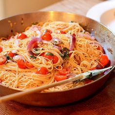 Tomato, Basil & Garlic Pasta from Feed Your Soul Too - I think this would be good with speghetti squash....